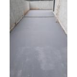 aplicação de pintura epóxi a base de água