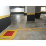 aplicação de pintura epóxi de piso