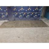 aplicação de pintura epóxi em chão