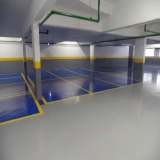 pintura com epóxi estacionamento